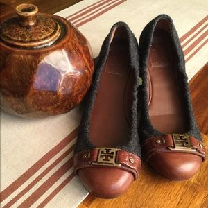 Authentic Tory Burch gray wool/brown leather flats